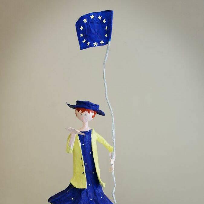 """Atelier """"Recyclage Art"""" par Peggy Daniel, Plasticienne - Médiathèque de Réguiny"""