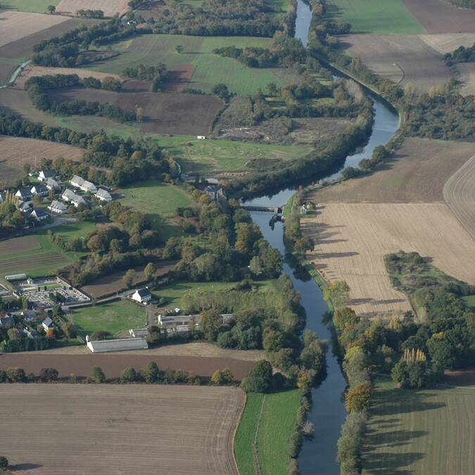 Le canal de Nantes à Brest et ses écluses