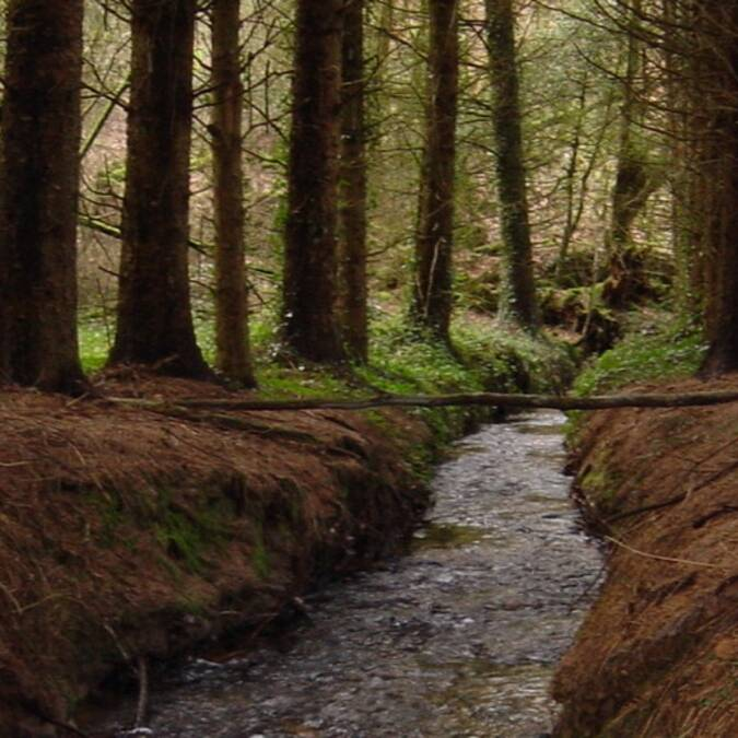 L'eau ruisselle vers les vallées